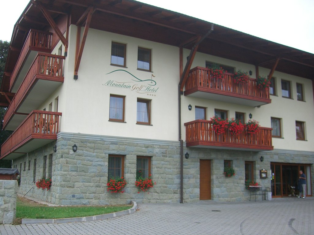 ‪Mountain Golf Hotel‬