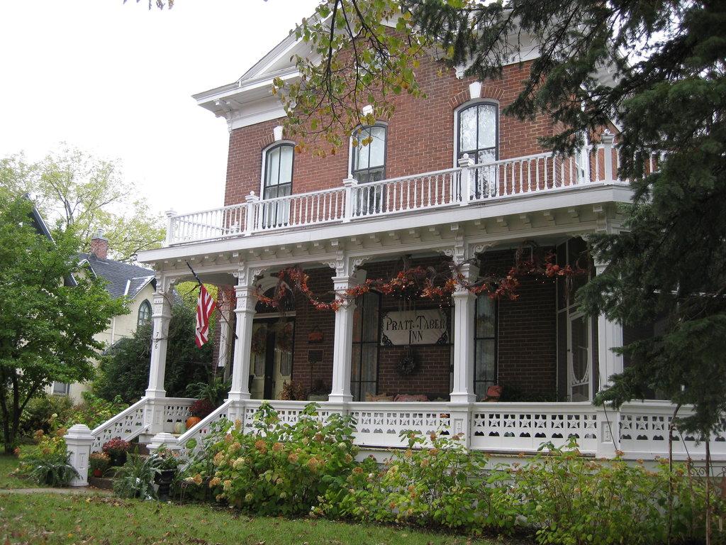 Pratt-Taber Inn