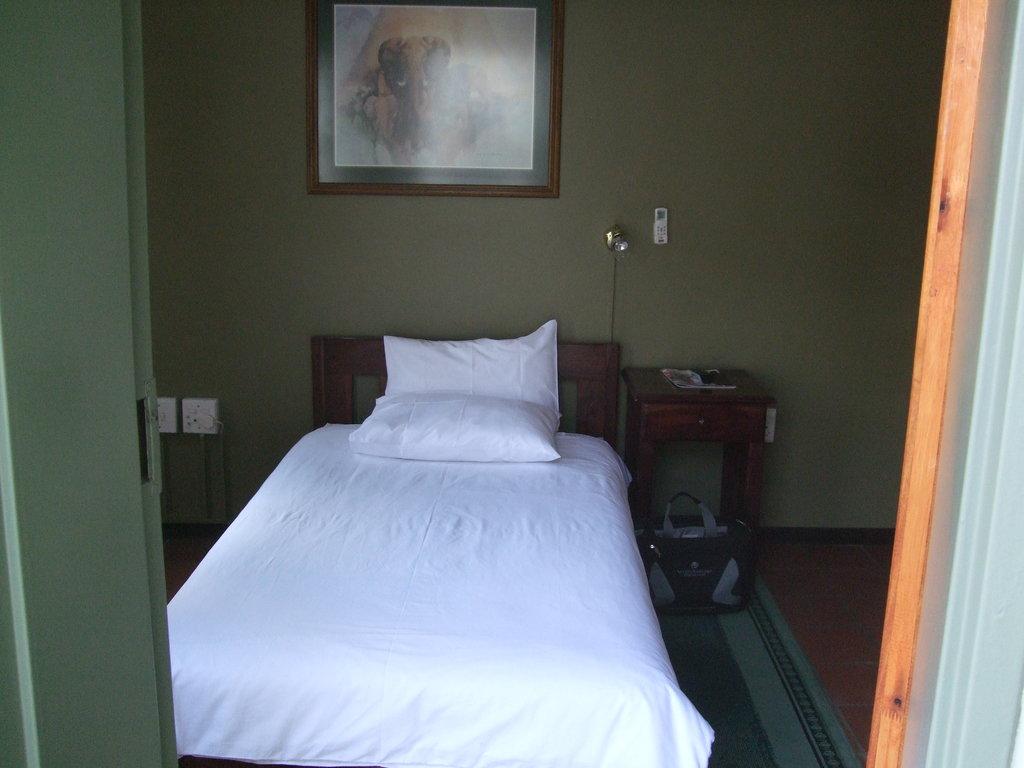 Kalahari Arms Hotel