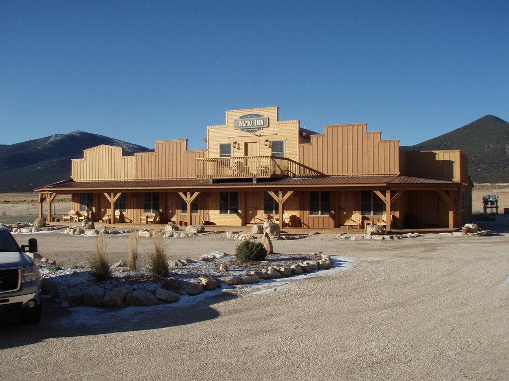 Almo Inn