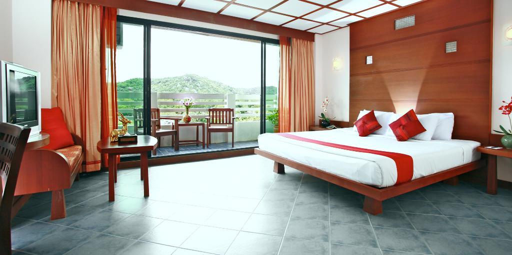 로얄 아시아 롯지 호텔