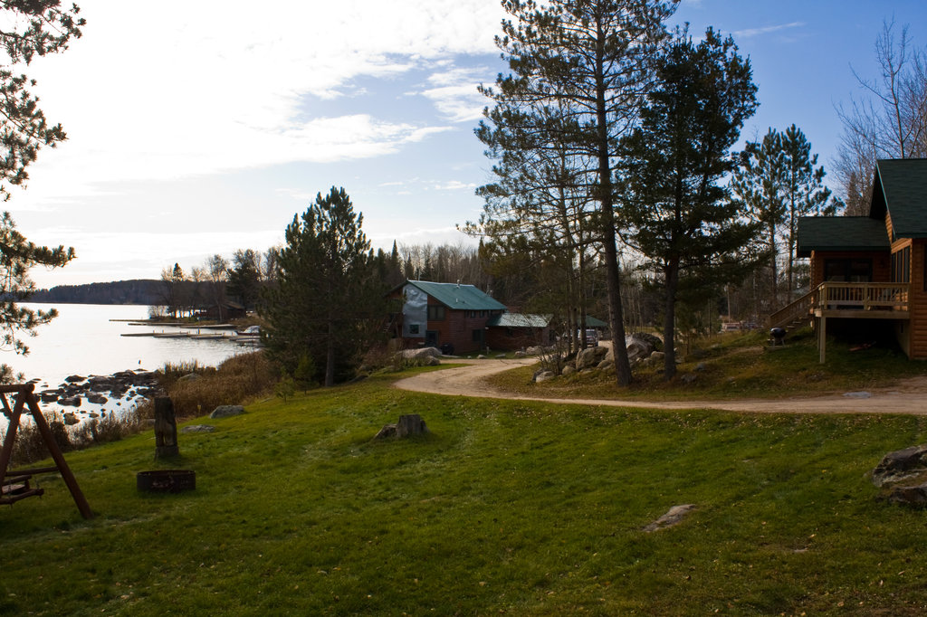 Vermilion Dam Lodge