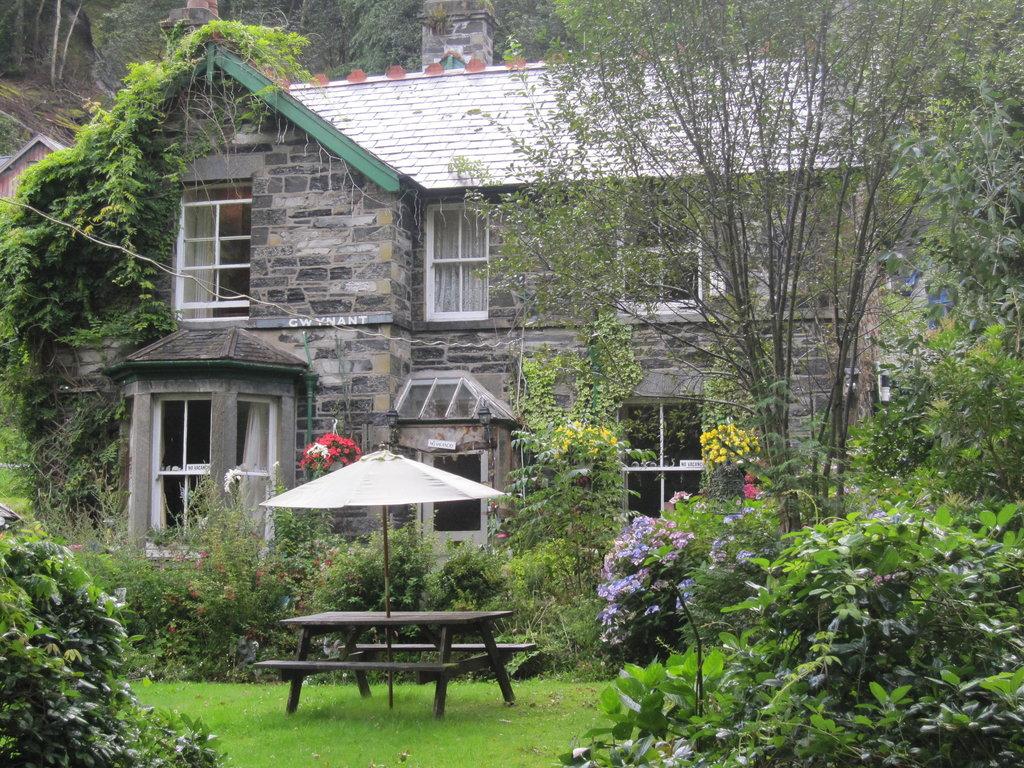 Gwynant Guest House