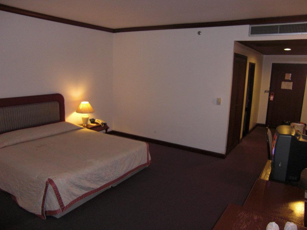 Ubon International Hotel