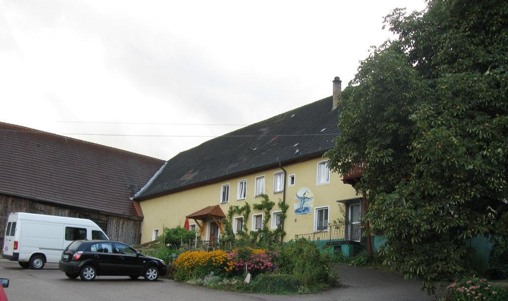 Familie Waizmann Mohrenstetten: Bio-Bauernhof mit Ferienwohnungen