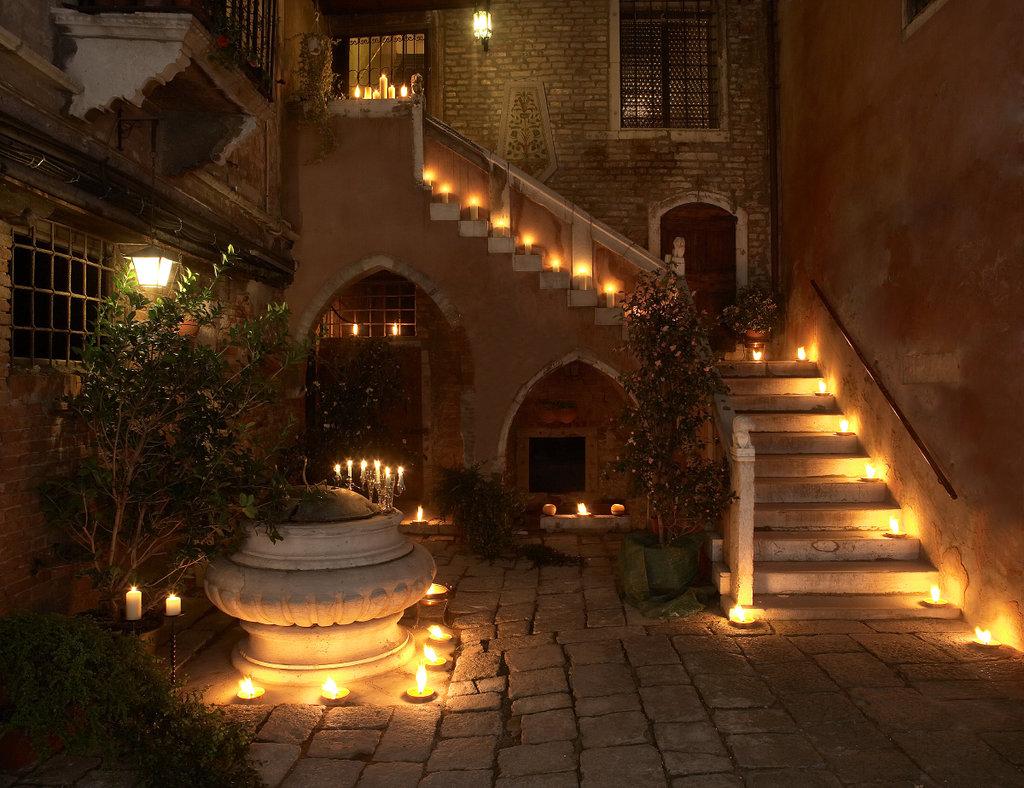 帕拉佐歐多尼酒店