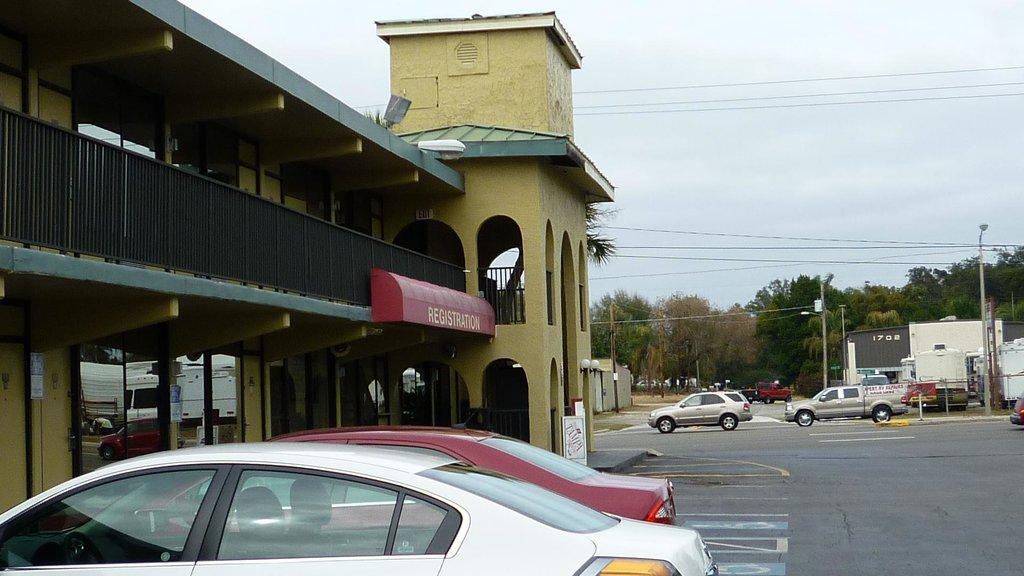 Best Economy Inn