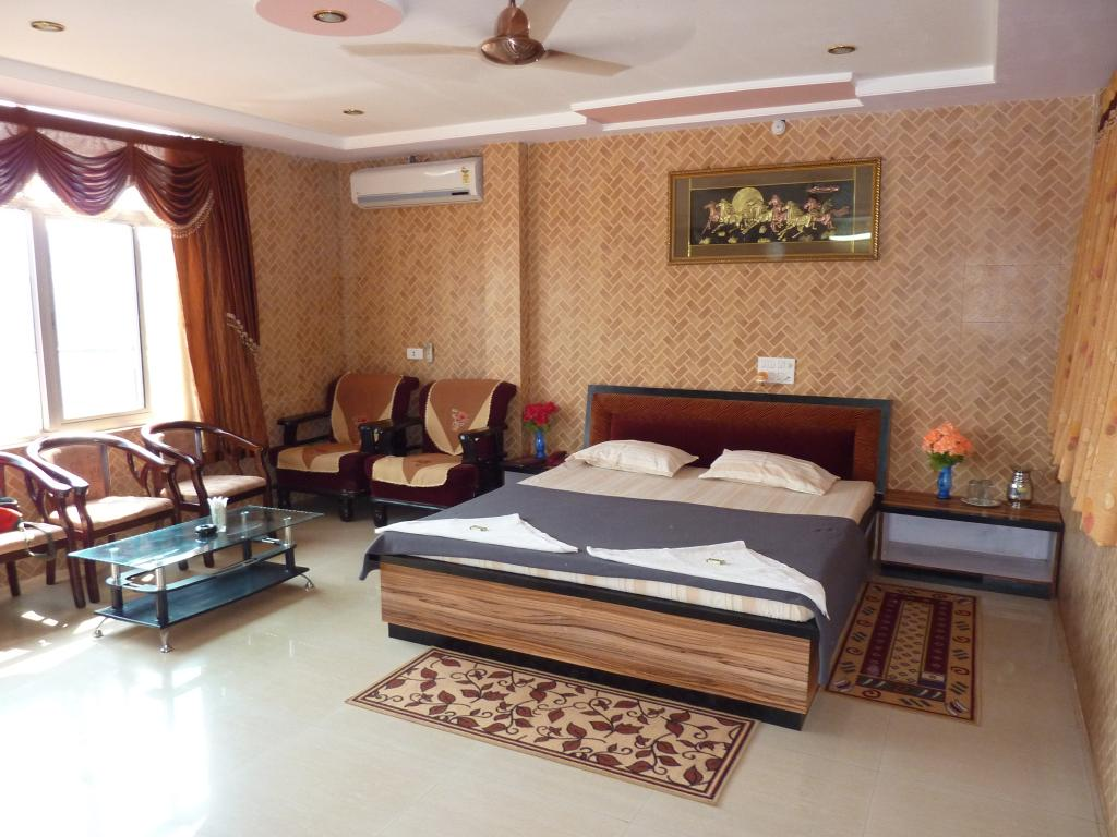Hotel Mayura Barid Shah