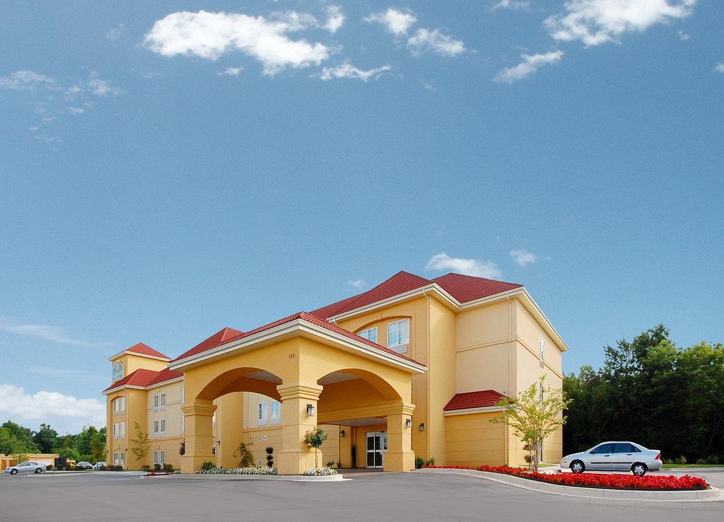 La Quinta Inn & Suites Huntsville Airport Madison