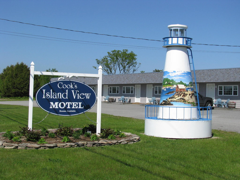 ‪Cook's Island View Motel‬