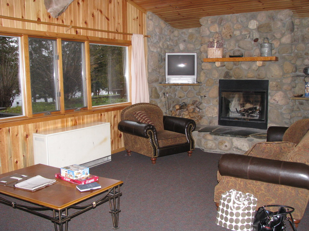 ‪Gunflint Lodge‬