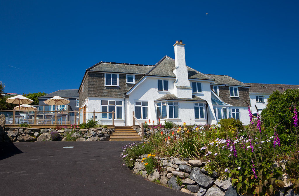 Beachcroft Coastal Retreat