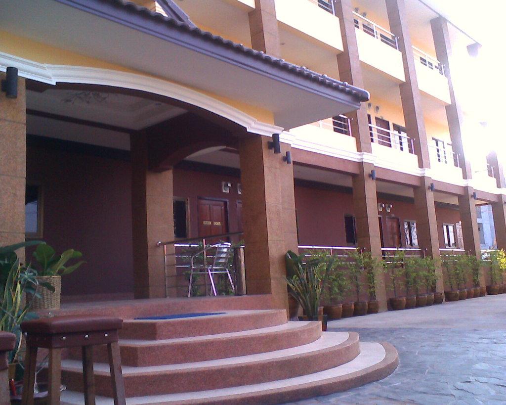Nan's Hotel