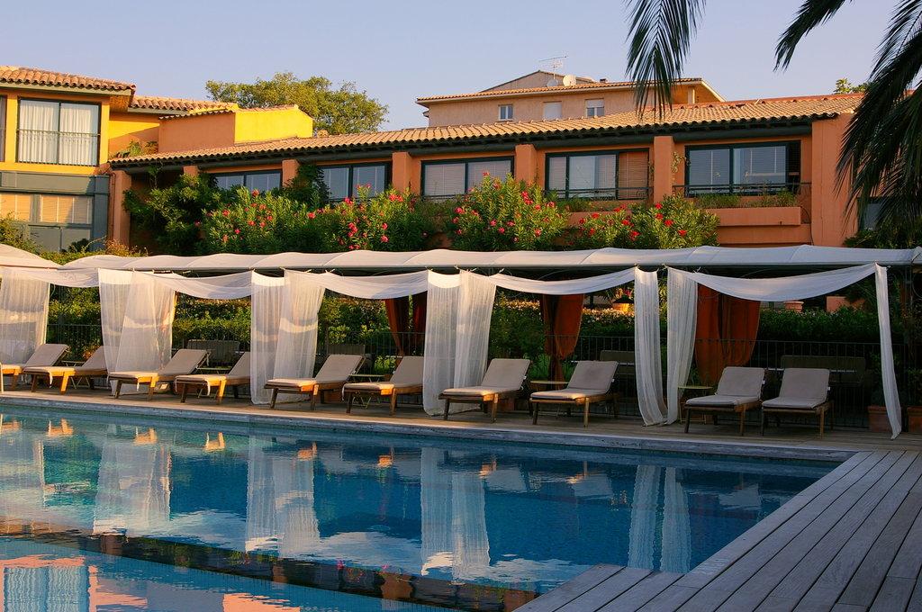 勒羅伊西奧多寧謐酒店