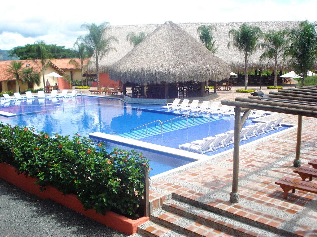 Hotel Decameron Panaca