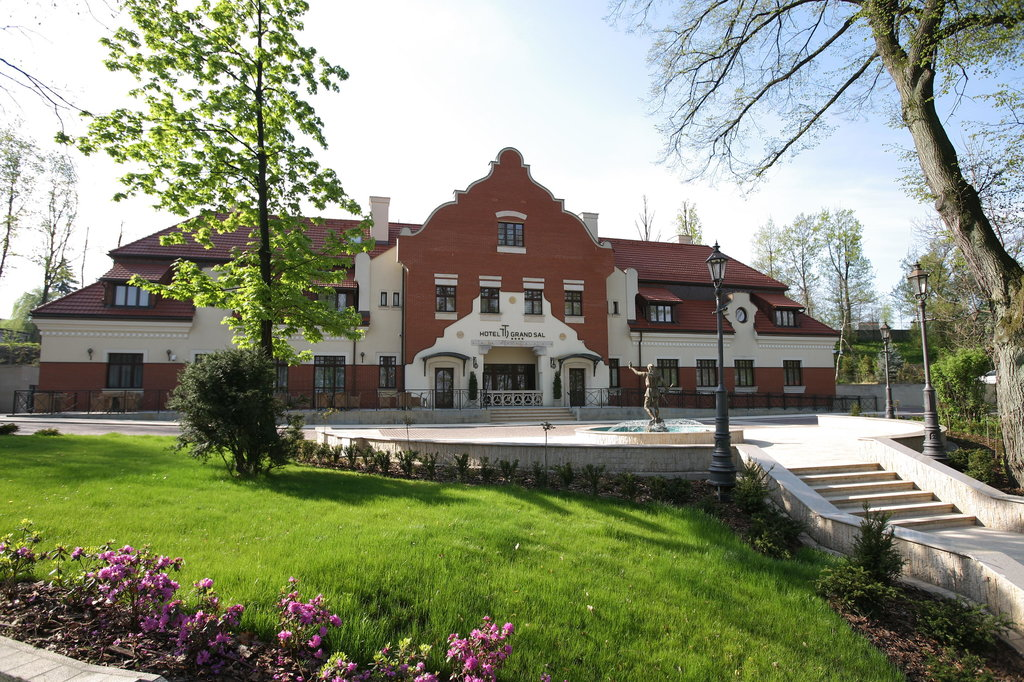Grand Sal Hotel