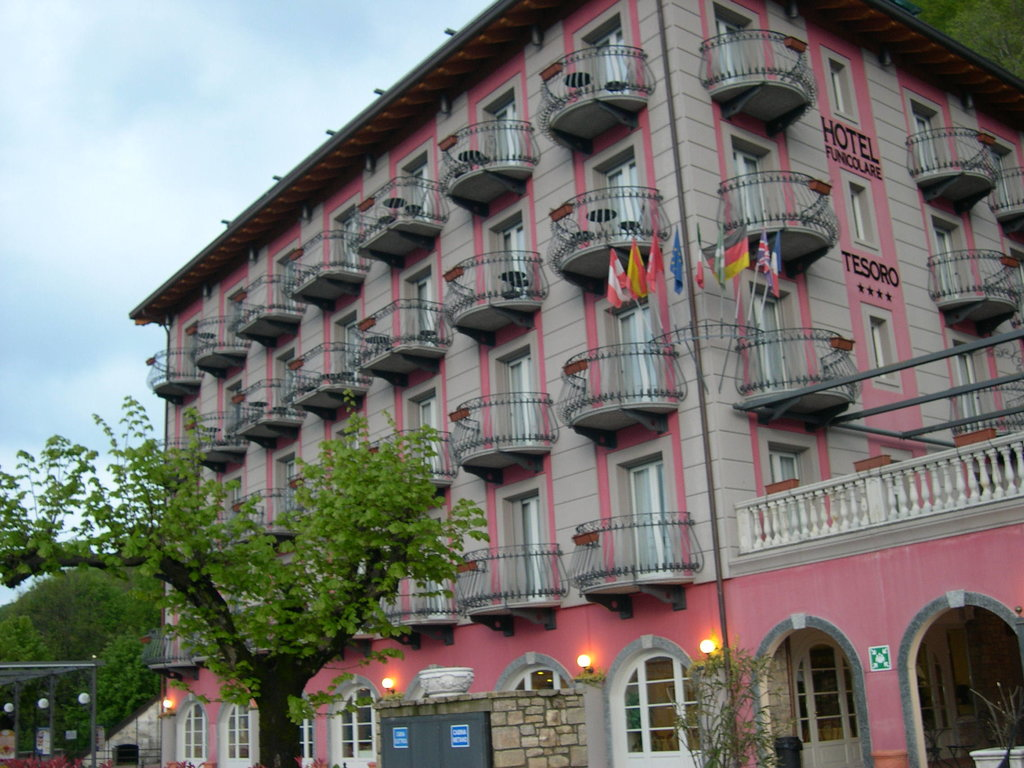Hotel Funicolare Tesoro
