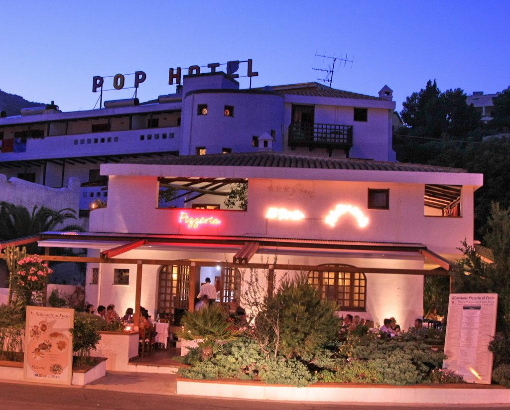 Hotel Pop