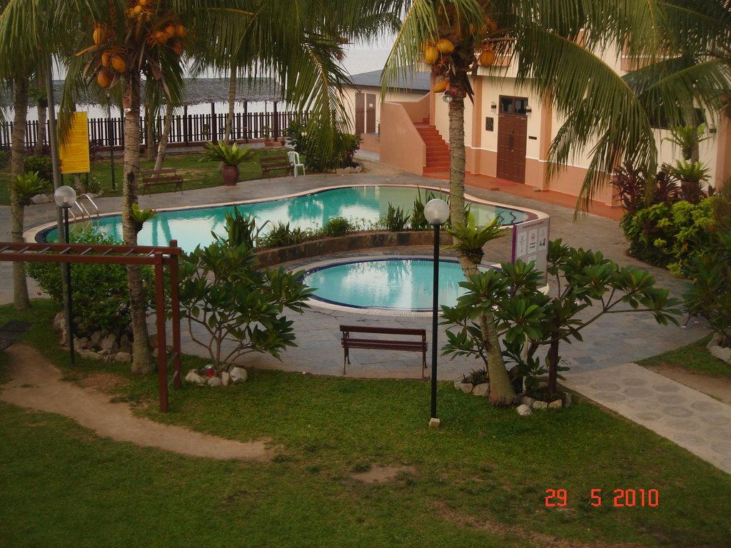 クレバン ビーチ リゾート