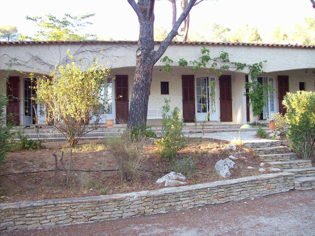 Hotel Bureau La Cigaliere