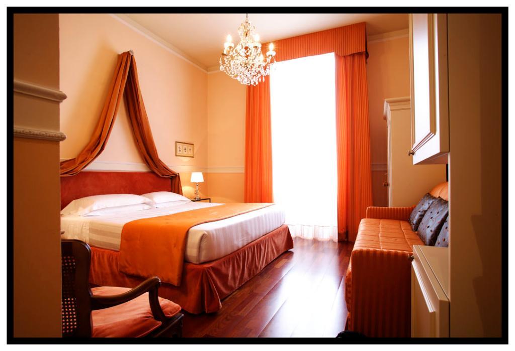 ヴィラ キャルロッタ ホテル