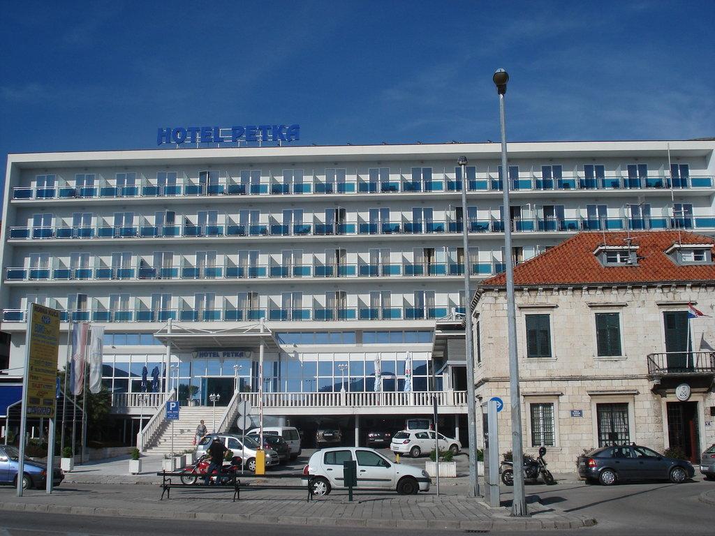 派特卡酒店
