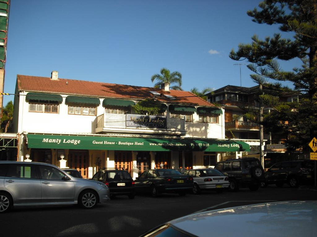 ‪Manly Lodge‬