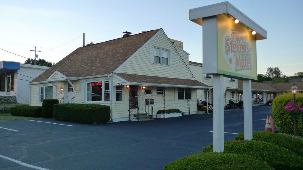 The Stevens Motel