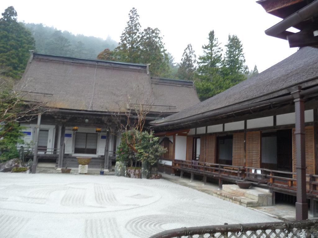 Rengejoin Temple