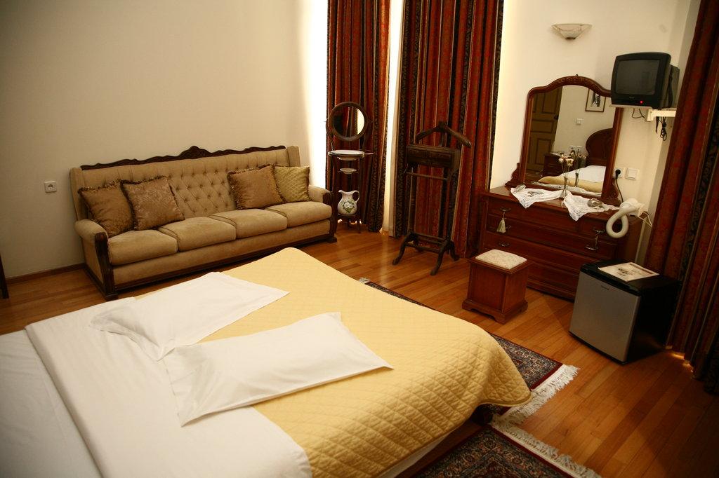 Panellinion Hotel