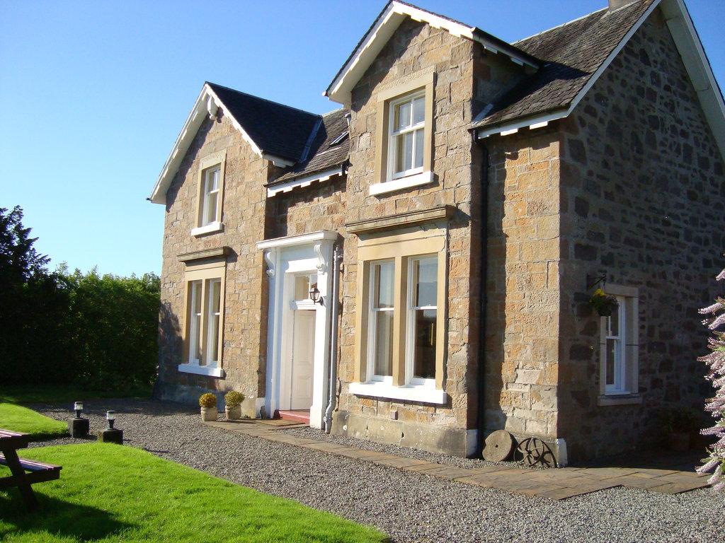Lochvoil House