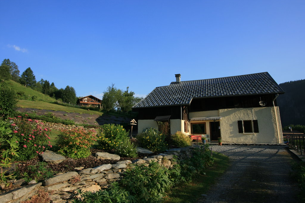 Alpine Retreat Holiday Farmhouse and Apartments