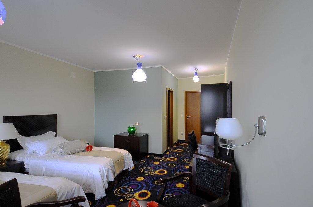 ホテル 365