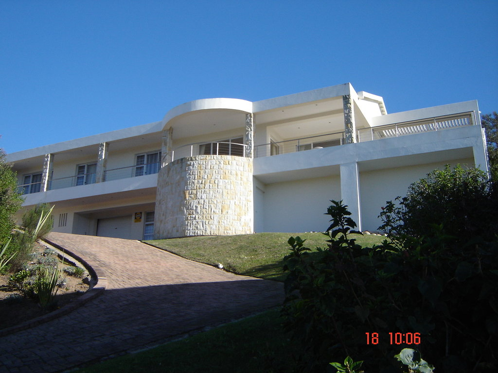 Baia Moya Self-Catering