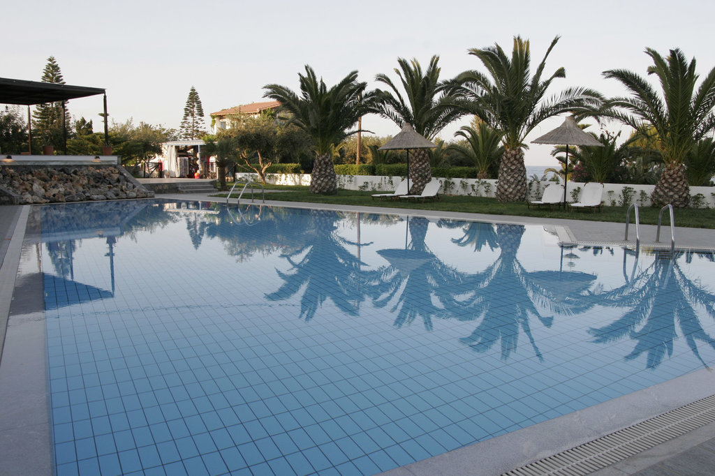 Hersonissos Maris Hotel and Suites