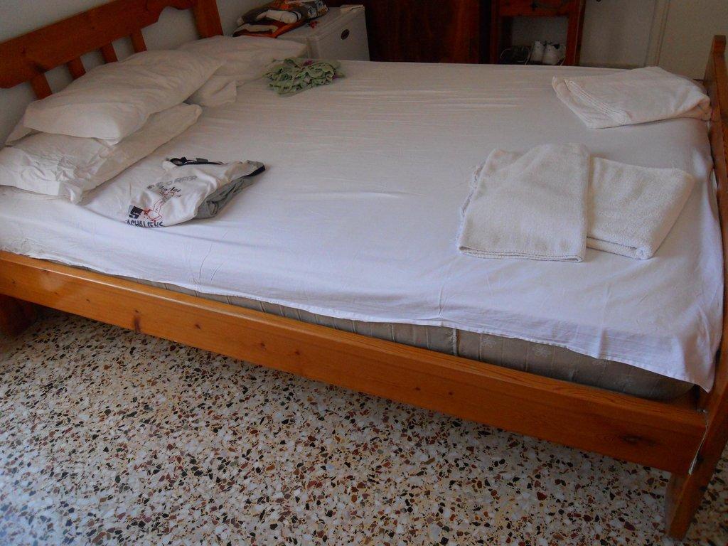 Nikolina Hotel