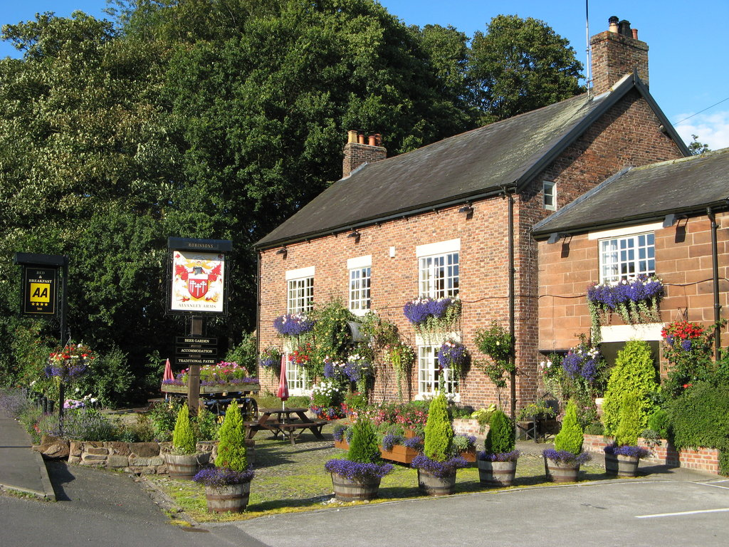 Alvanley Arms Inn