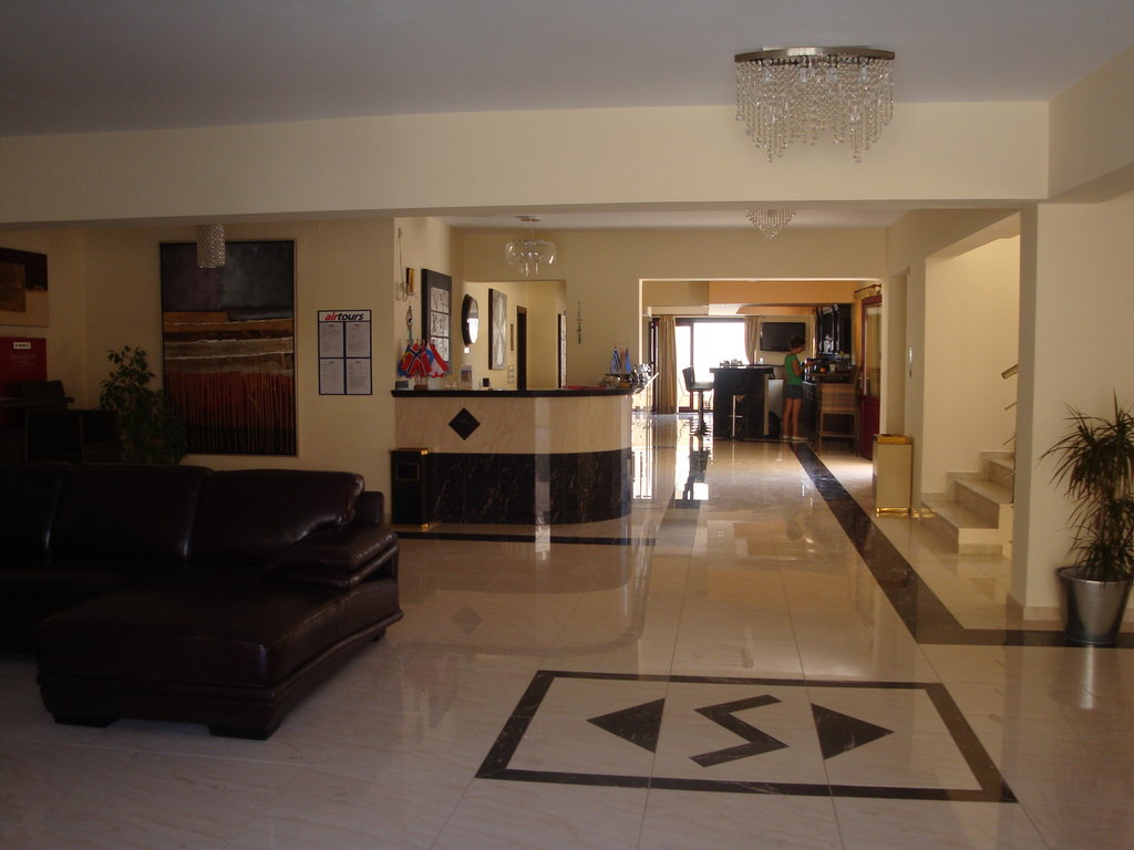 Socrates Luxurious Studios & Apartments