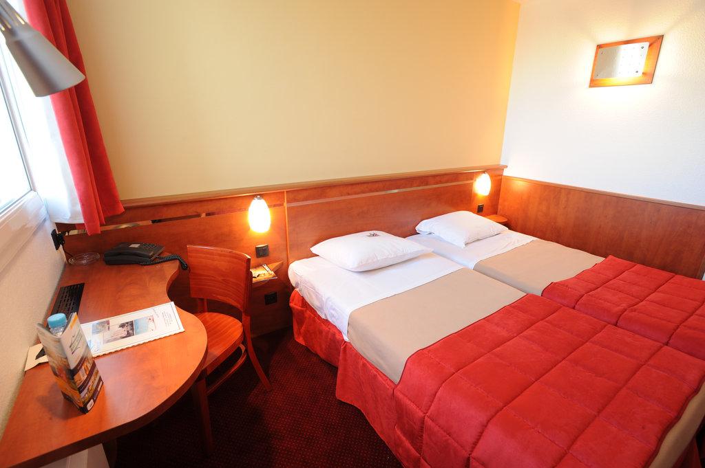 Brit Hotel Bordeaux Aeroport - Le Soretel