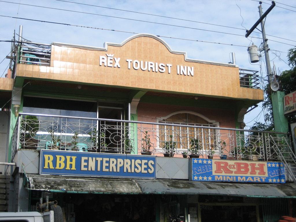 Rex Tourist Inn