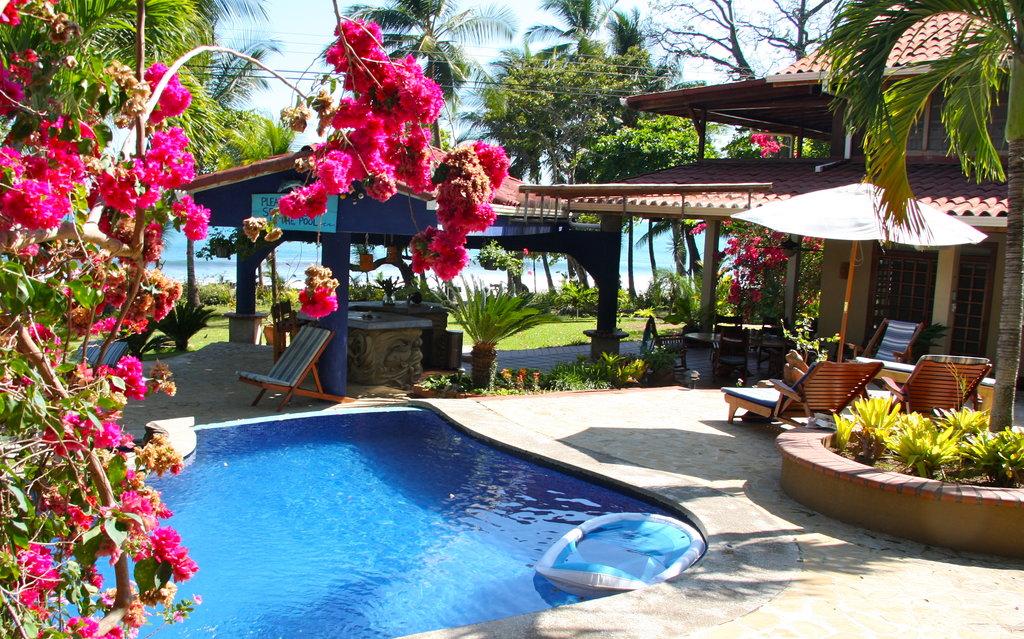 Montezuma Beach Houses