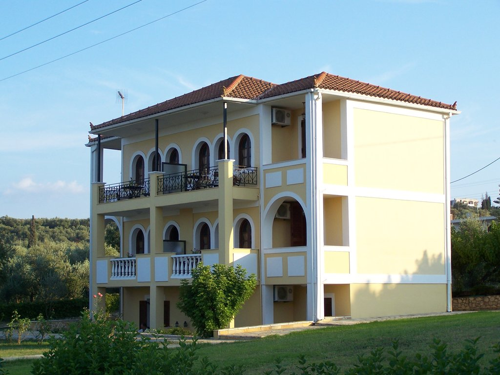 Amboula Beach Apartments