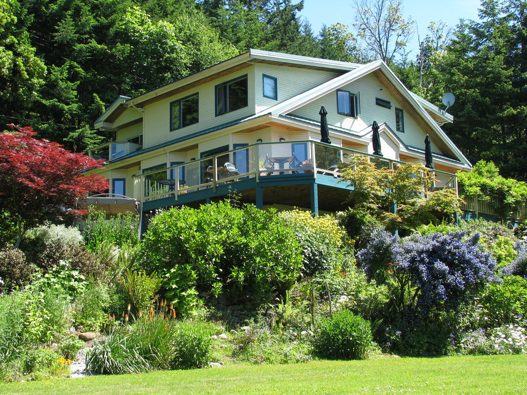 Saturna Lodge