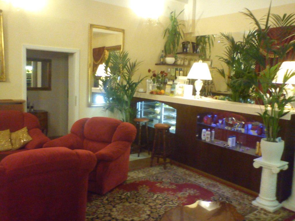 โรงแรมโดนาเทลโล