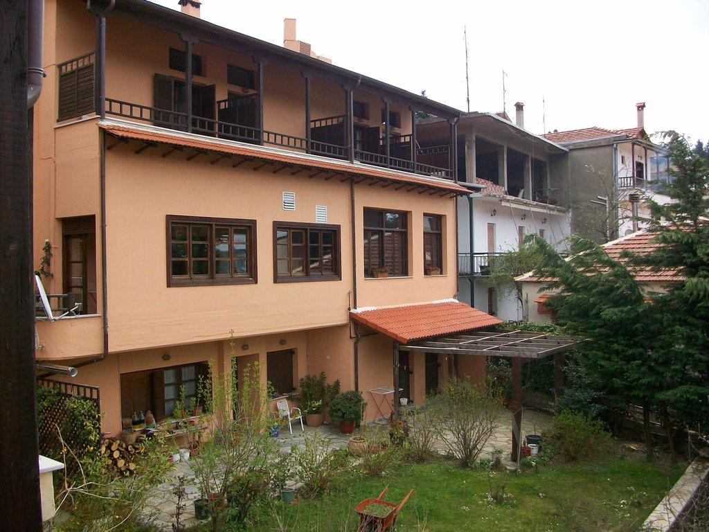 Papanastassiou Hotel