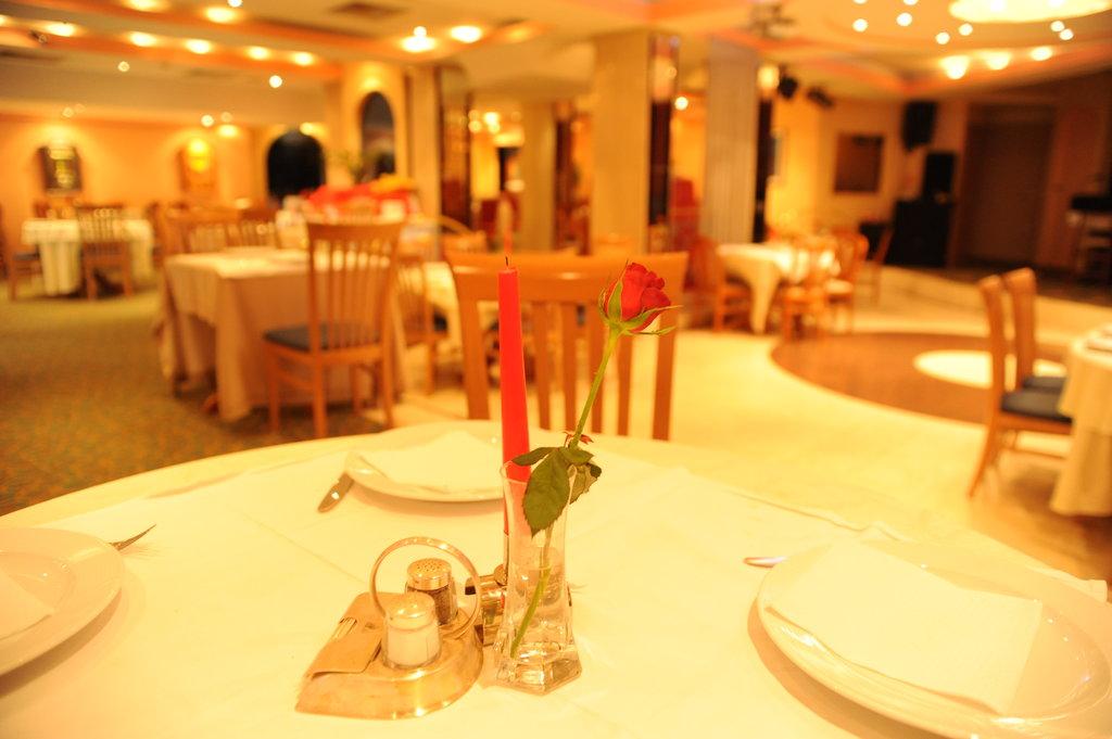 Apollonia Club - Hotel & Casino