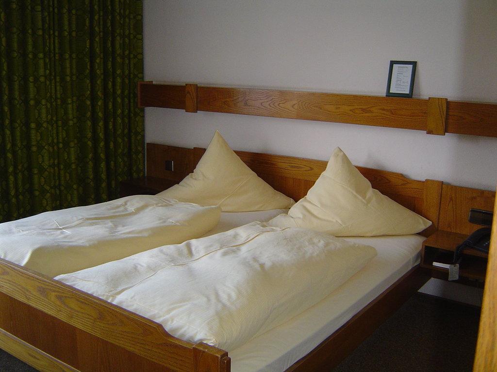 ホテル トラウべ