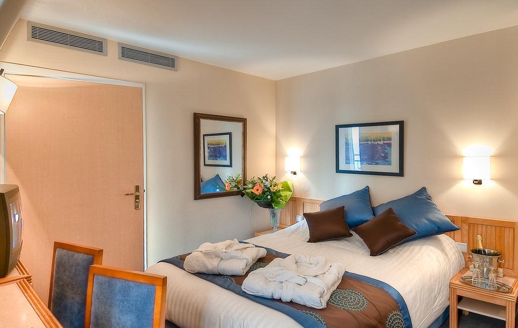 De L'Ocean Hotel