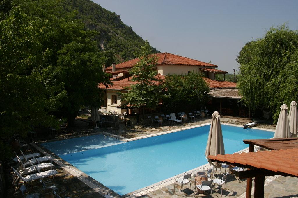 Gefyri Hotel