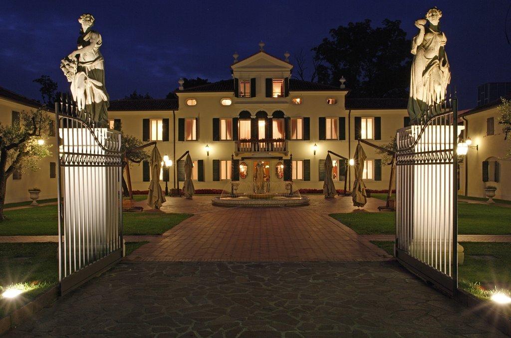 Relais Villa Fiorita Hotel